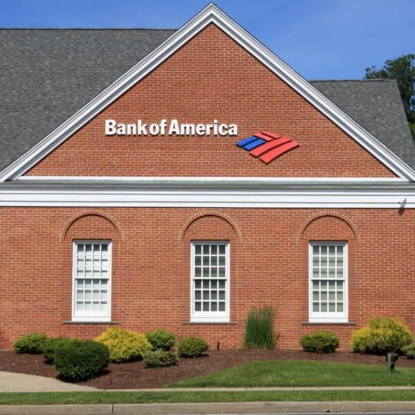 Exterior of a brick Bank of America building.